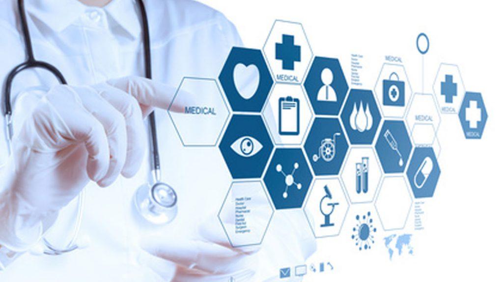 Người lao động sẽ được hỗ trợ chi phí khám chữa bệnh BHYT - Ảnh minh họa