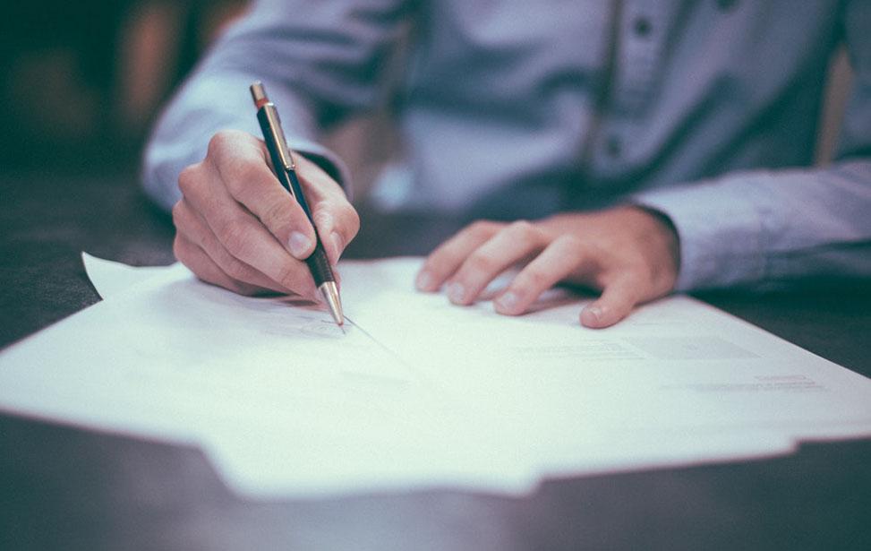 Doanh nghiệp cần chuẩn bị đầy đủ hồ sơ khi làm thủ tục báo giảm lao động