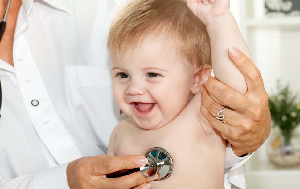 Lợi ích mà BHYT mang lại trong việc khám, chữa bệnh cho trẻ sơ sinh là rất lớn.